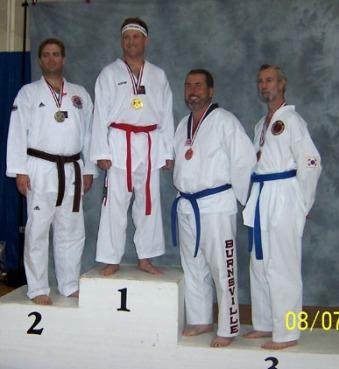 2004UST5